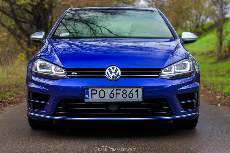 test volkswagen golf vii r 2 0 tsi 300 km 4x4 zara a. Black Bedroom Furniture Sets. Home Design Ideas